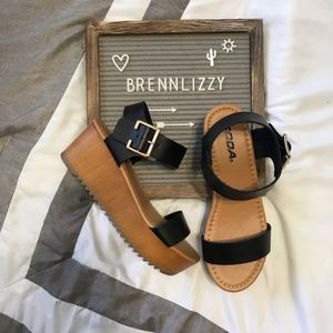 Black Sandals Wedges Classic Front Strap Buckle